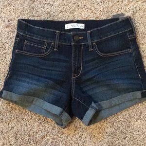 NWT! Abercrombie Low rise jean shorts